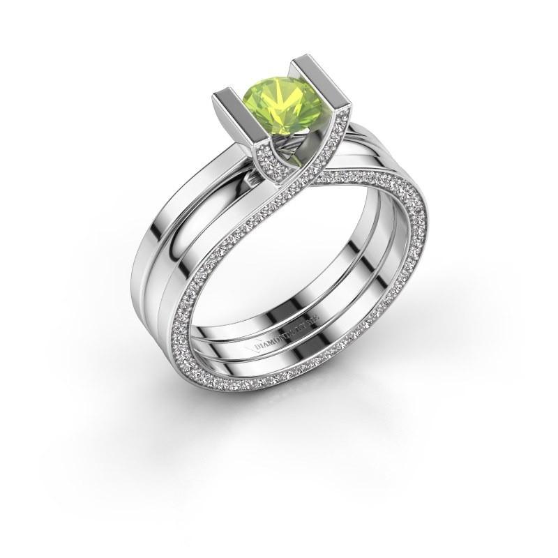 Ring Kenisha 925 silver peridot 5 mm