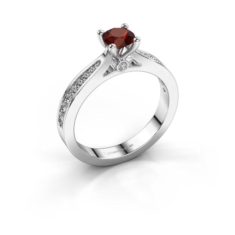 Engagement ring Evelien 585 white gold garnet 5 mm