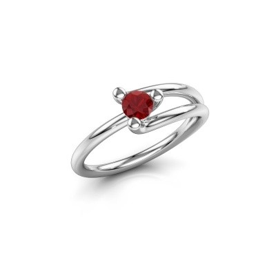 Engagement ring Roosmarijn 585 white gold ruby 4 mm