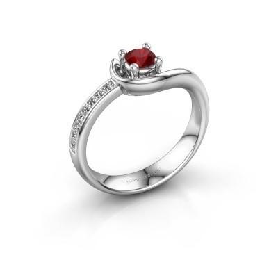 Foto van Ring Ceylin 925 zilver robijn 4 mm